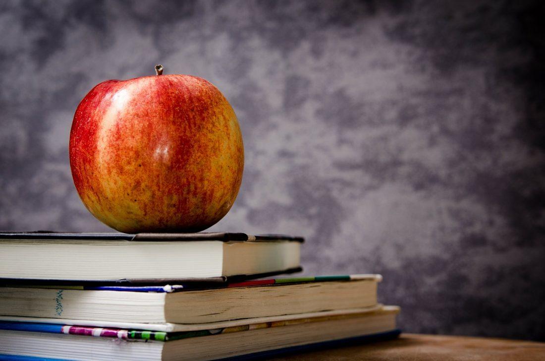 Bücher und Apple