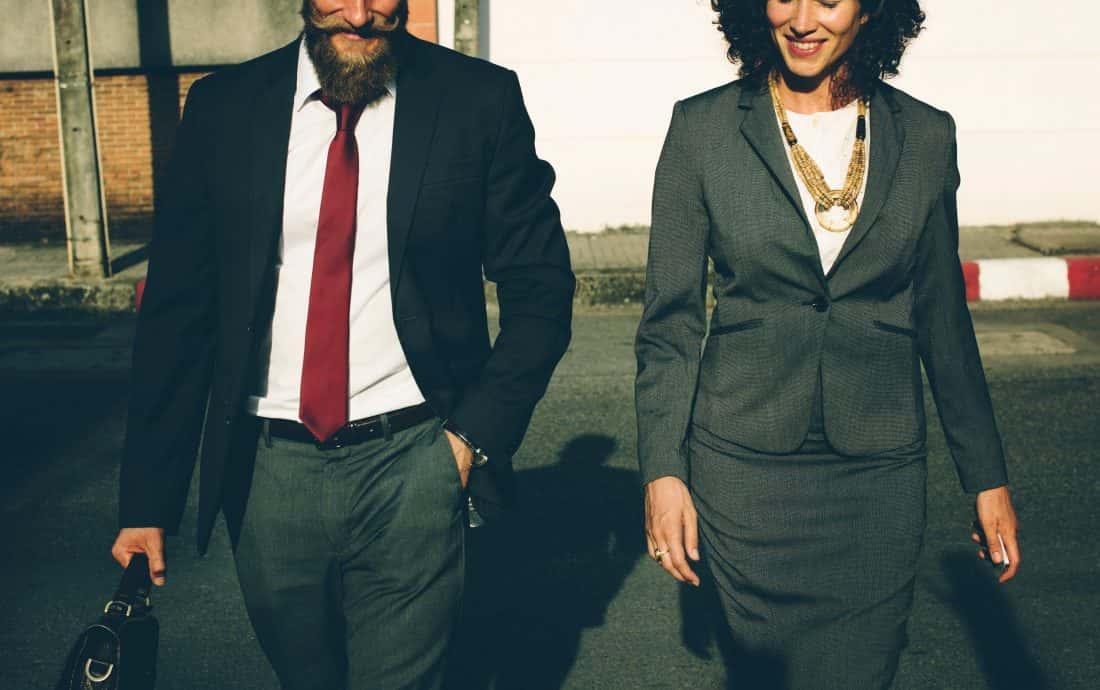 Rechtsanwältin und Rechtsanwalt